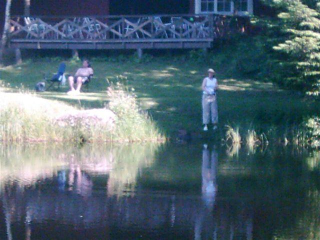 kvarnstensbockarna.se/image/bilder/2005/Fiske Månstorp 2005-06-26/Bild 08. .jpg