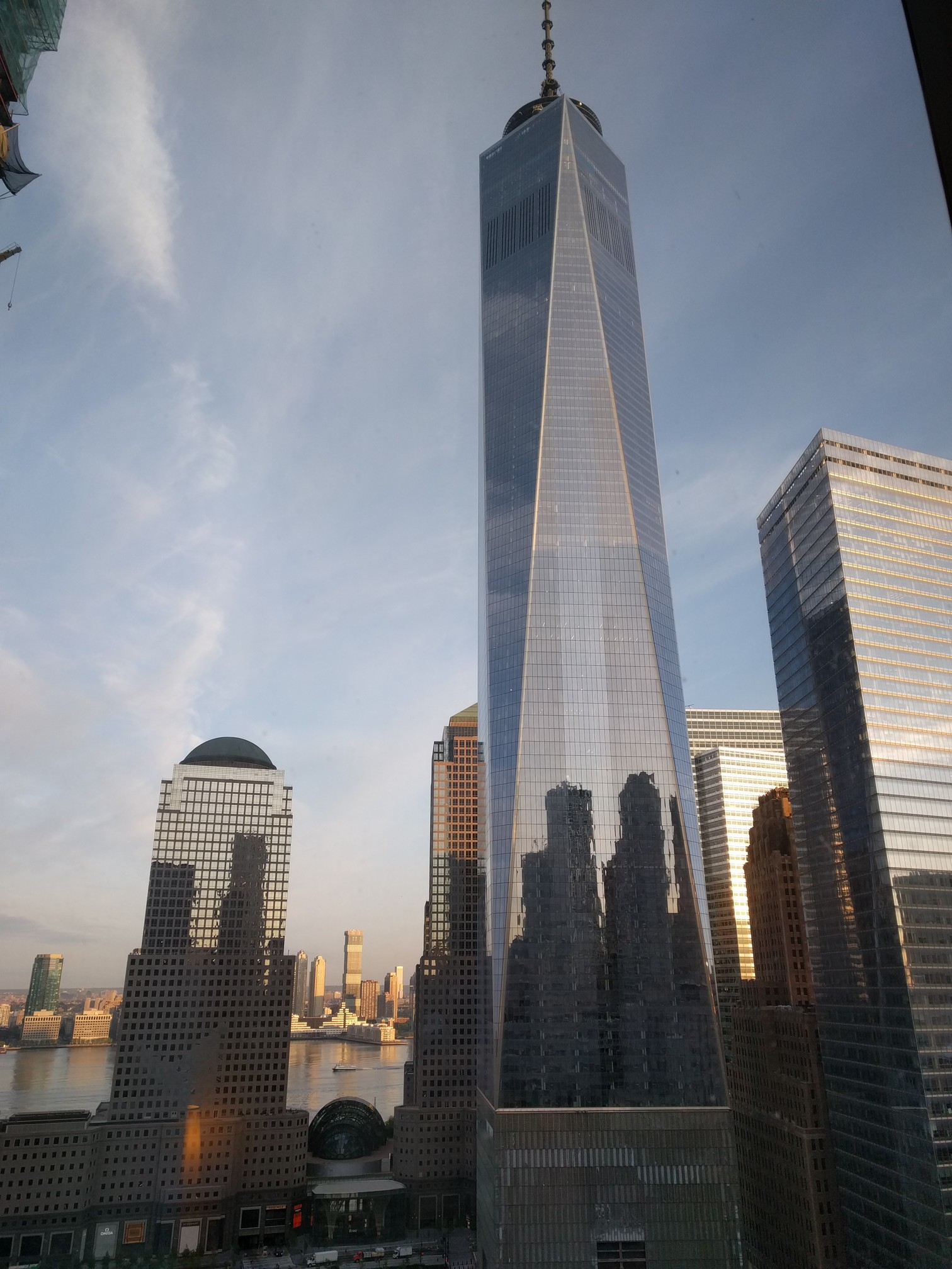ExifTest/src/main/assets/FreedomTower-Morning.jpg
