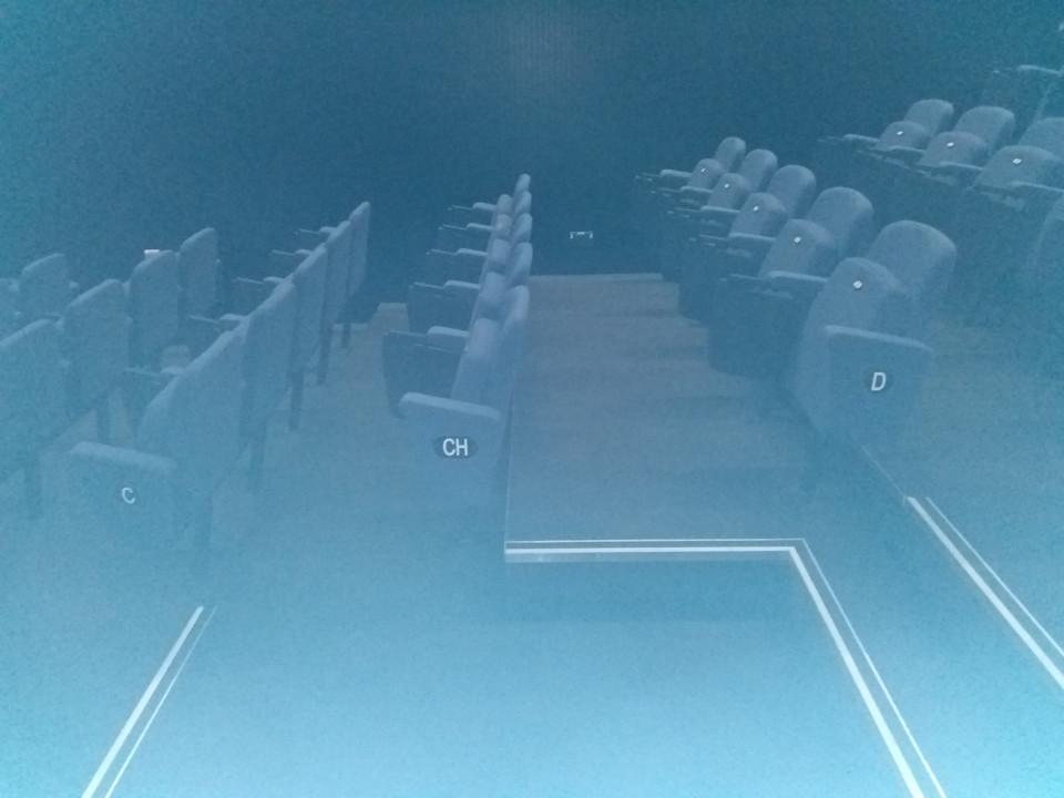 presentation/media/chairs.jpg